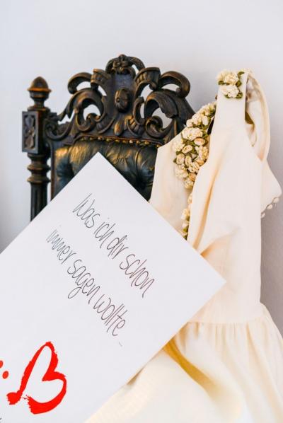"""Hochzeitsfotografie mit thorsten-und-anna.de und einer Fotobox-Aktion während der Hochzeitsmesse """"Ja, ich will - Neustadt""""."""